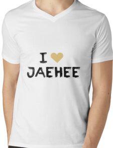 I love Jaehee , Mystic Messnger Mens V-Neck T-Shirt