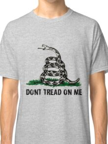 Gadsden Flag DONT TREAD ON ME  Classic T-Shirt