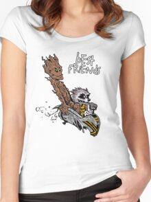 Raccoon and Tree Women's Fitted Scoop T-Shirt