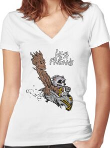 Raccoon and Tree Women's Fitted V-Neck T-Shirt