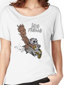 Raccoon and Tree Women's Relaxed Fit T-Shirt