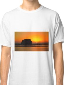 1185 Sunset Sillouette Classic T-Shirt