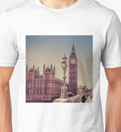 On Westminster Bridge  Unisex T-Shirt