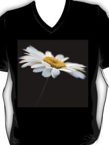 Daisy 7 T-Shirt