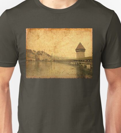 Golden Kapellbrucke in Lucerne Unisex T-Shirt