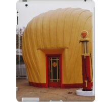 """Old Timey """"Shell Shaped"""" Shell Station iPad Case/Skin"""