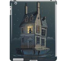 English House iPad Case/Skin