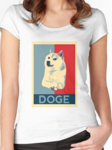 DOGE - doge shepard fairey poster with dog red / blue Women's Fitted Scoop T-Shirt