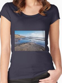 Back Beach - Lyme Regis Women's Fitted Scoop T-Shirt