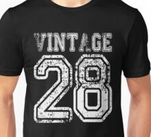 Vintage 28 2028 1928 T-shirt Birthday Gift Age Year Old Boy Girl Cute Funny Man Woman Jersey Style Unisex T-Shirt