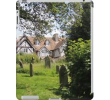 Old English Helmsley iPad Case/Skin