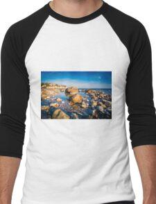 Rocks on Amerador Beach El Campello Men's Baseball ¾ T-Shirt