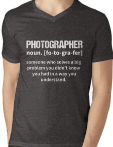 T-Shirt Funny Photographer Definition Mens V-Neck T-Shirt