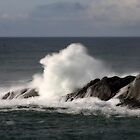 Crashing waves by Chappy