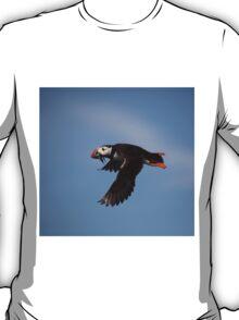 Atlantic Puffin in flight T-Shirt