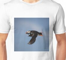 Atlantic Puffin in flight Unisex T-Shirt