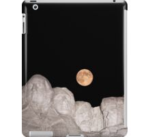 Blue moon over Mount Rushmore National Memorial iPad Case/Skin