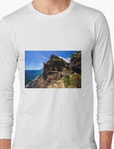 Paradise Cliff - Nature Photography Long Sleeve T-Shirt
