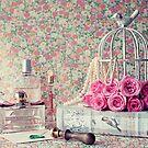 Des roses et des perfumes II by Caroline Mint