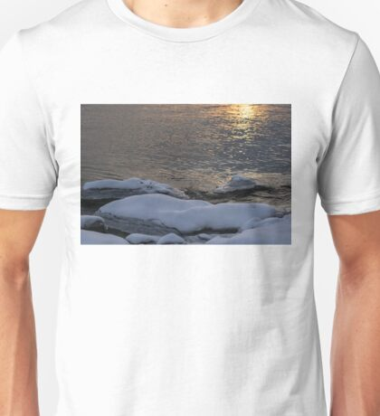 Icy Islands - Unisex T-Shirt