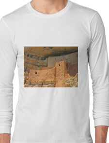 Close up of Montezuma Castle Long Sleeve T-Shirt