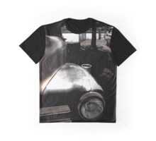 Cheers vintage car at Cruise Inn Amsterdam Graphic T-Shirt