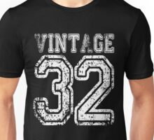 Vintage 32 2032 1932 T-shirt Birthday Gift Age Year Old Boy Girl Cute Funny Man Woman Jersey Style Unisex T-Shirt
