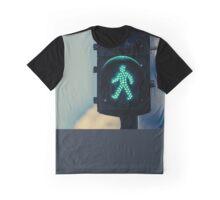 Traffic light with pedestrian green symbol Graphic T-Shirt