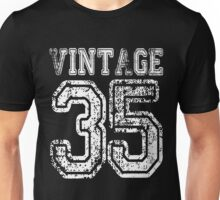 Vintage 35 2035 1935 T-shirt Birthday Gift Age Year Old Boy Girl Cute Funny Man Woman Jersey Style Unisex T-Shirt