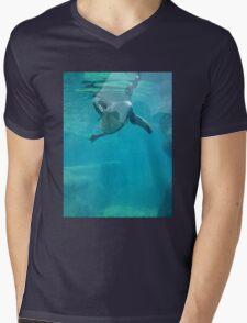 Penguin Underwater Mens V-Neck T-Shirt