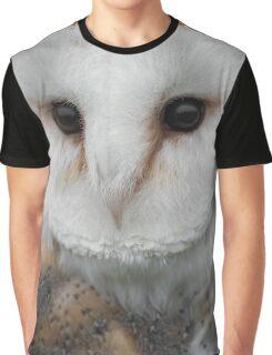 Barn owl portrait Graphic T-Shirt