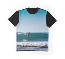 surfing on thin water Graphic T-Shirt