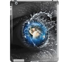 mirror eye 1 iPad Case/Skin