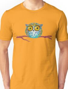 Funny blue owl with the yellow eyes Unisex T-Shirt