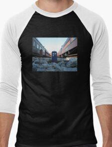 Train Track TARDIS Men's Baseball ¾ T-Shirt