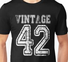 Vintage 42 1942 2042 T-shirt Birthday Gift Age Year Old Boy Girl Cute Funny Man Woman Jersey Style Unisex T-Shirt
