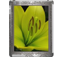 Hybrid Lily named Trebbiano iPad Case/Skin
