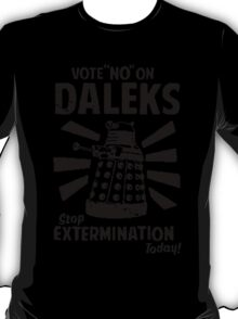 Doctor Who & Daleks T-Shirt