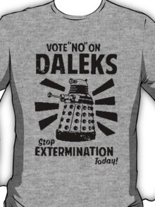 Doctor Who & Daleks T-Shirt