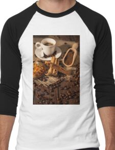 Cup of coffee with cinnamon and dried orange fruit Men's Baseball ¾ T-Shirt