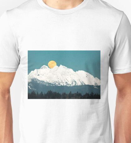 Full Moon Rising Over Three Fingers Mountains Unisex T-Shirt
