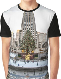 Christmas time in the city Graphic T-Shirt