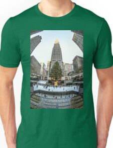 Christmas time in the city Unisex T-Shirt