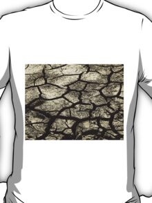 Parched Land - Clay Cracks and Nature Pattern T-Shirt