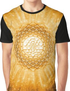 Sri Yantra - Lotos strahlend goldgelb Graphic T-Shirt