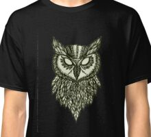 spooky owl face Classic T-Shirt