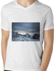 Black Rock Cottage Glencoe Mens V-Neck T-Shirt