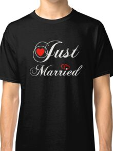 Just Married T-Shirt - Funny Gift for Couple. Classic T-Shirt