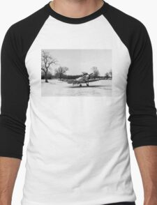 Spitfire in the snow black and white version Men's Baseball ¾ T-Shirt