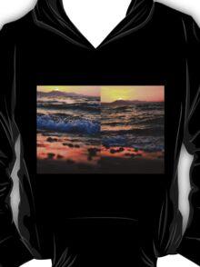Evening Waves - Nature Photography T-Shirt